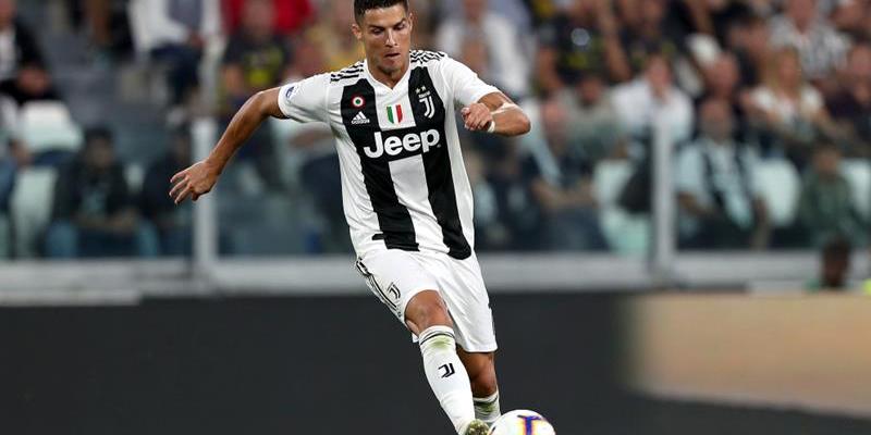 Ronaldo Pemain Bola Tersukses Sepanjang Sejarah